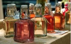 Vinegars & Syrups